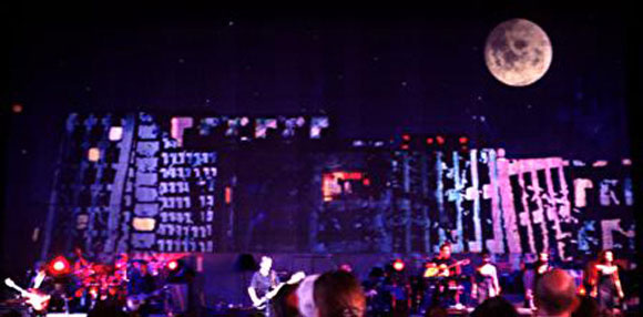 Roger-Waters-Live-In-The-Flesh-Tour-2002-Zuerich-Hallenstadion-26.jpg